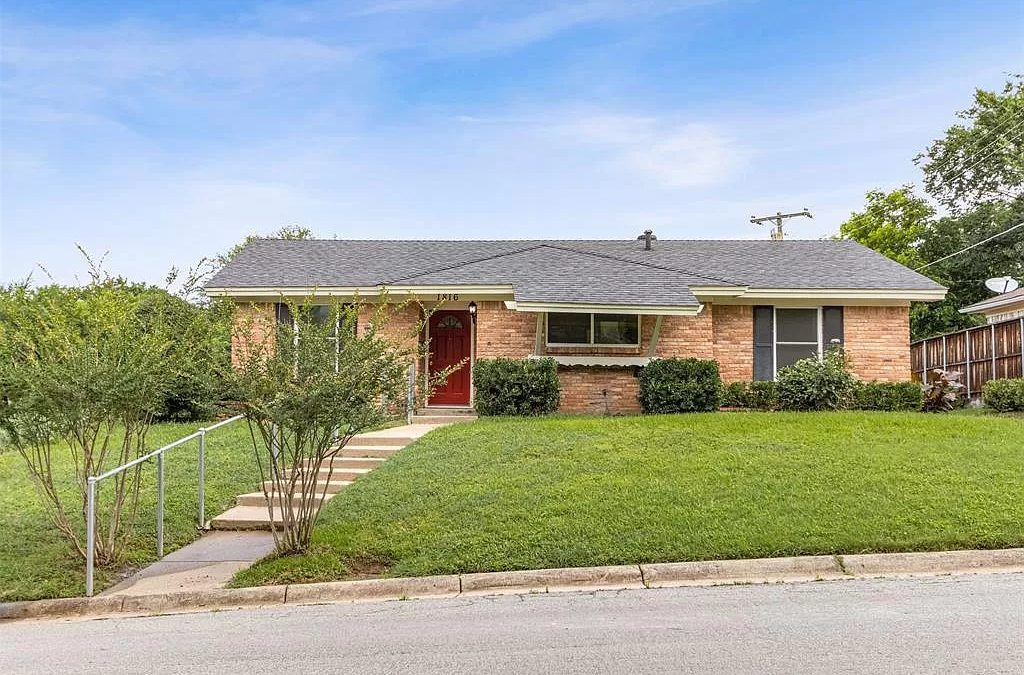 Euless Home For Sale | 1816 Tyler, Euless, TX, 76040