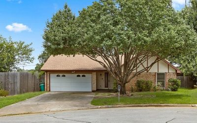 Arlington Home For Sale | 2607 Smouldering Wood Dr, Arlington, TX 76016